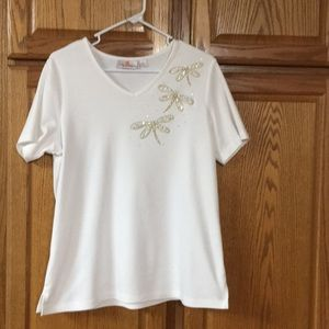 Quacker Factory white tee with embellishments.